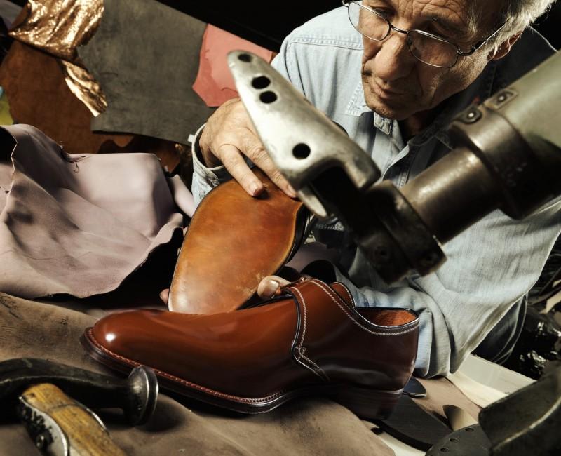 Over schoenmakers en leesten